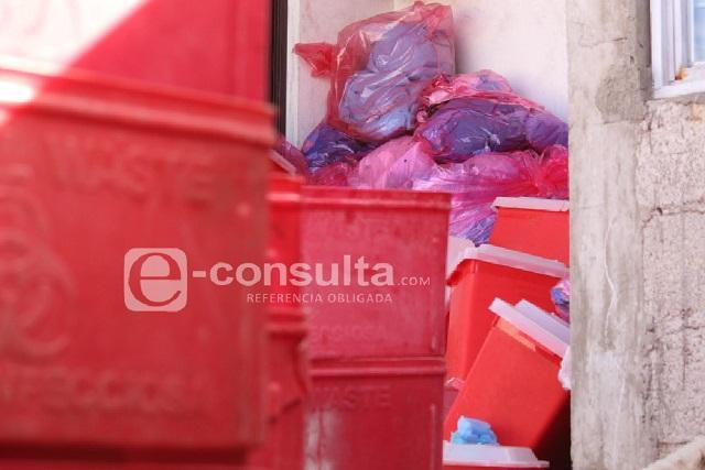Hallan almacén clandestino de desechos médicos en Xonacatepec