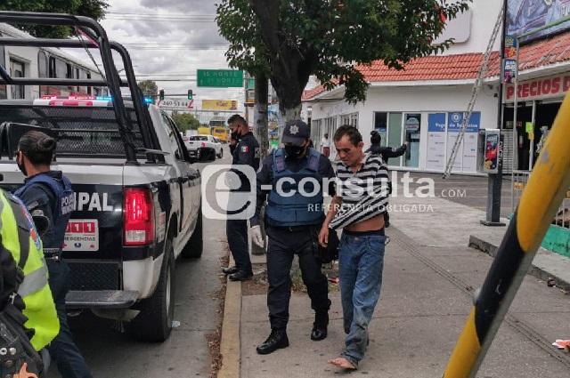 Lo acusan de delincuente y casi lo linchan junto al mercado Hidalgo