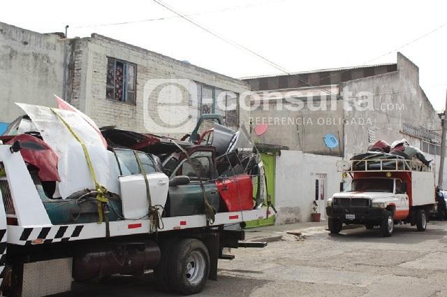 Operativo decomisa cientos de autopartes en la Cleotilde Torres