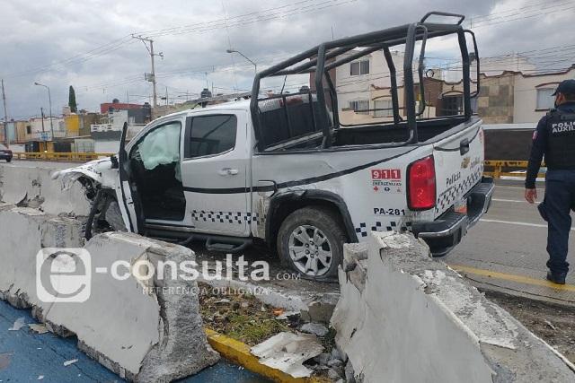 Dejan daños materiales choques de dos patrullas en Puebla