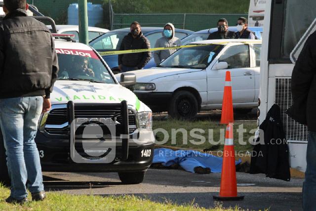Muere atropellado en terminal de Línea 1 de Ruta  en Tlaxcalancingo
