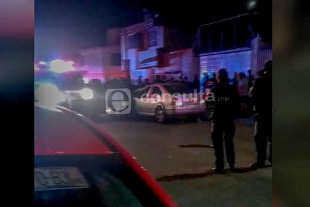 Muere atropellada; empujaba una silla de ruedas en Puebla