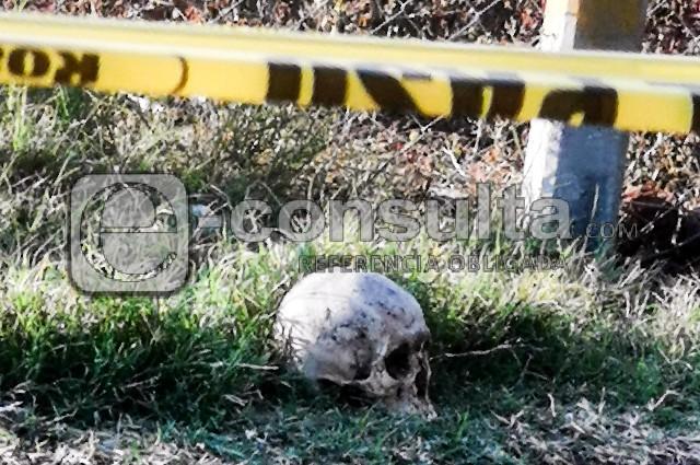 Hallan cráneo ligado a cadáver calcinado en Totimehuacán