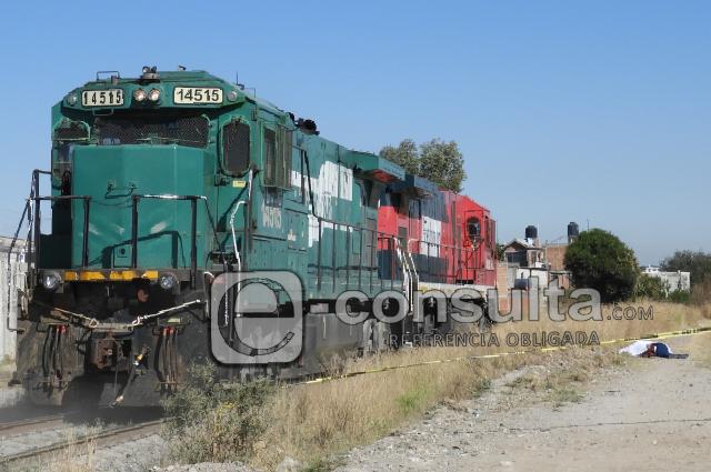 Hallan cadáver junto a las vías del tren en La Loma