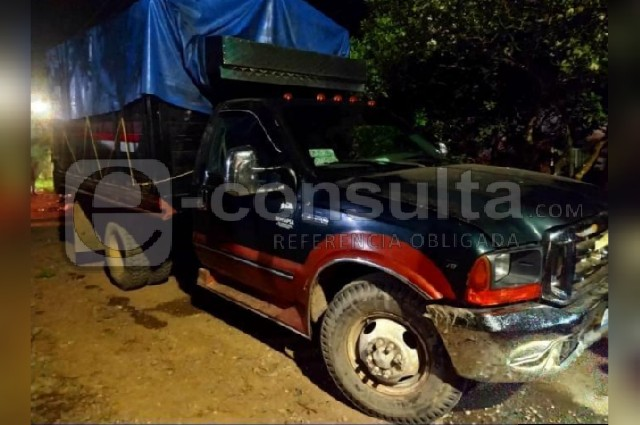 Dos muertos deja balacera de transportistas en Eloxochitlán
