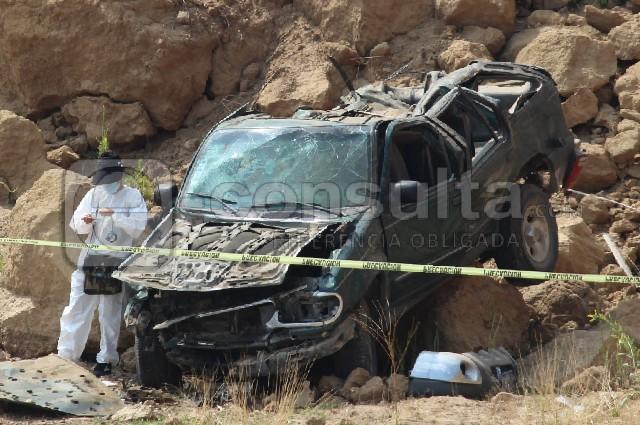 Asesinan a mujer en Amozoc y tratan de simular volcadura