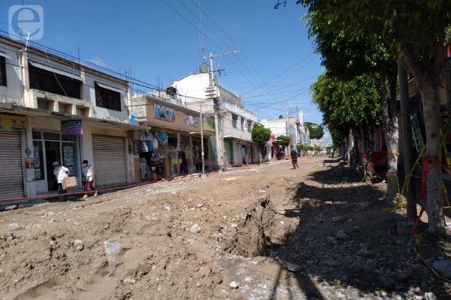 Comerciantes de Tehuacán exigen culminación de obra