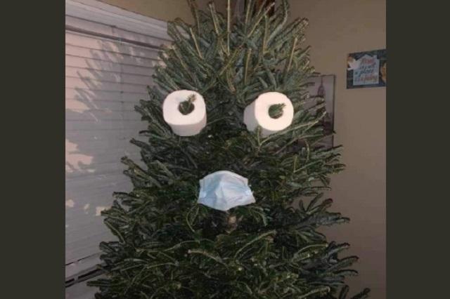 Foto: Twitter Tendencias La decoración de algunos árboles navideños es distinta este año