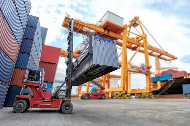 Entra por las aduanas huachicol de importación en gran cantidad