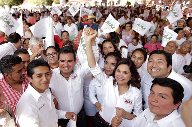 Gobernador no pone gobernador, advierte Alcalá en Xicotepec