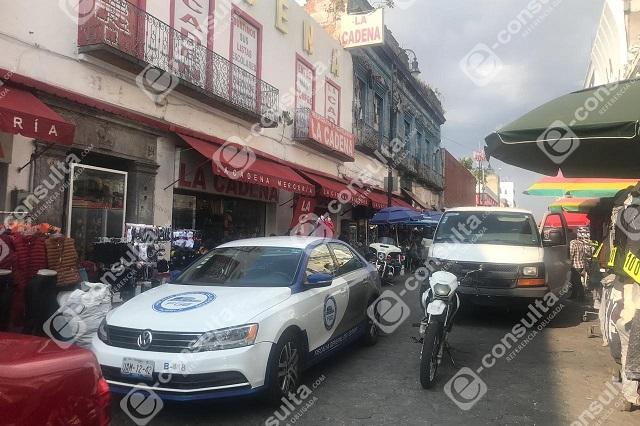 En busca de droga, Fiscalía catea vecindad del Centro de Puebla