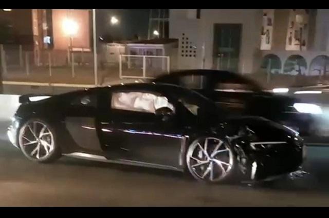 Chocan Audi de súper lujo y lo dejan en Periférico Ecológico