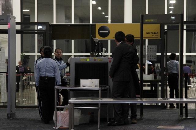 Retrasan vuelos en Puebla por efecto del mal clima
