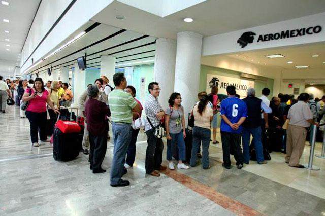 Capturan en el aeropuerto a 3 colombianos que llevaban 1.5 mdd