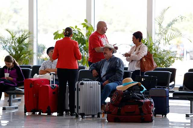 Aumentan pasajeros y carga en el aeropuerto de Puebla
