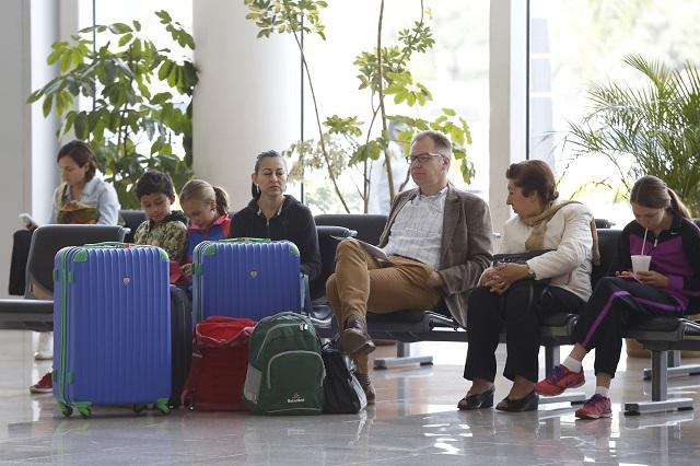 Aeropuerto Puebla, funcional con Santa Lucía o Benito Juárez