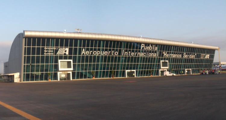 Aumento 33 % traslado de pasajeros en Aeropuerto de Puebla