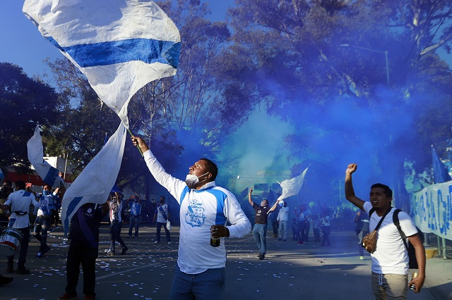 Aficionados en México regresan a estadios de Futbol: Liga MX