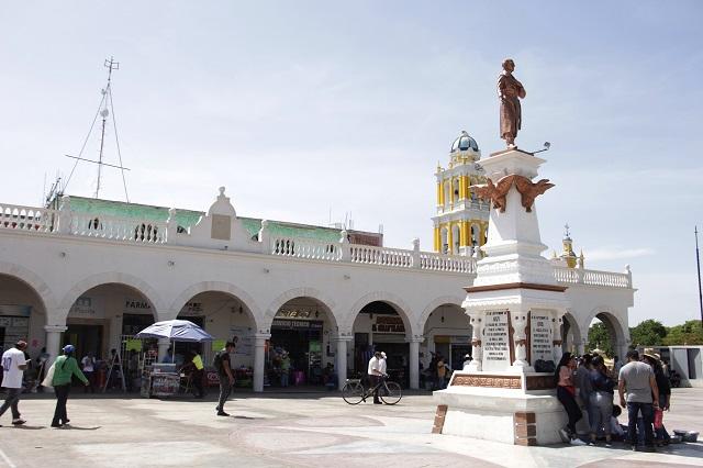 Salones sociales abren sus puertas en Acatlán pese a Covid