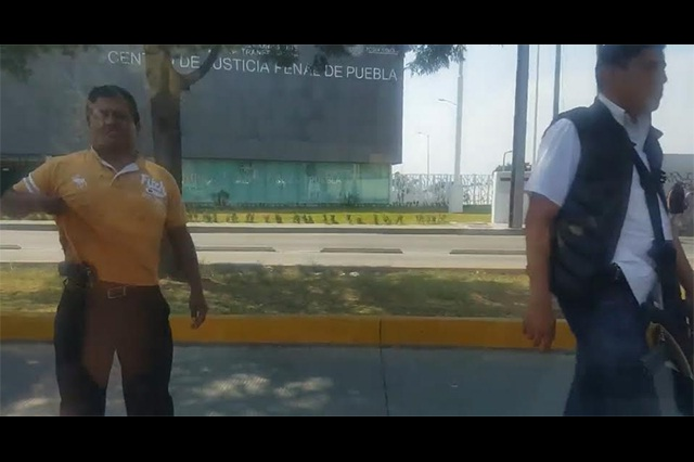 Frenan policías a Roxana; FGE dice que indagaban ejecuciones