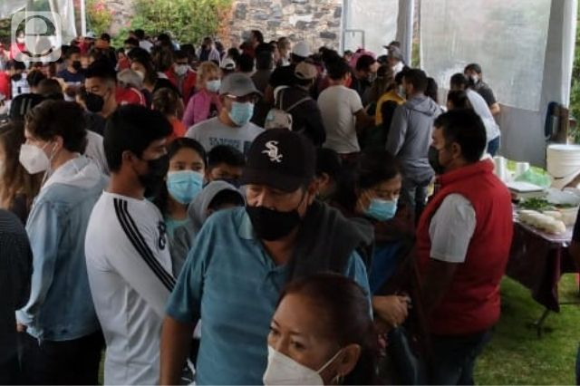 Aglomeración en la Feria del Queso de Cholula pese al Covid