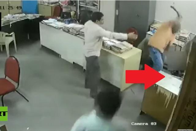 Da tremenda golpiza a compañera de trabajo por no usar cubrebocas