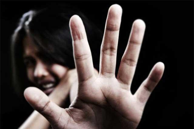 Con marcha, exigen combatir violencia sexual contra mujeres