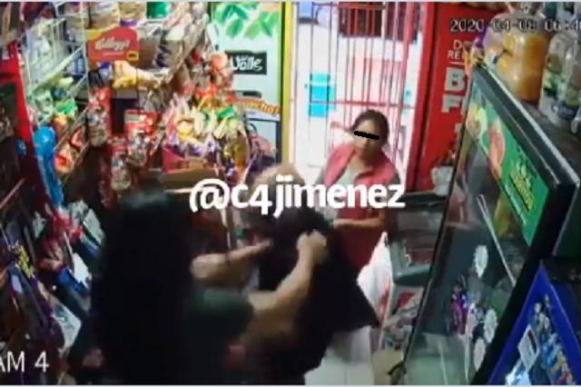 Locatario golpea a pareja tras sorprenderlos robando en su negocio
