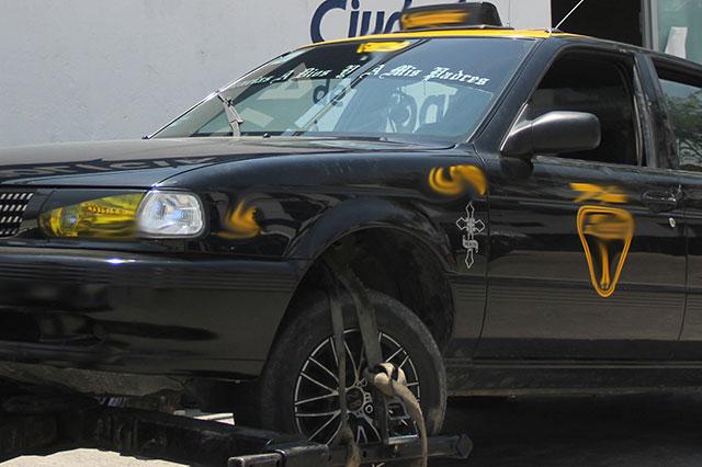 Le dio un cerrón a patrulla de tránsito y luego  agredió a un agente