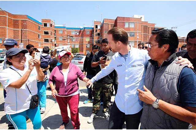 Realiza Ayuntamiento jornada de servicios integrales en Agua Santa