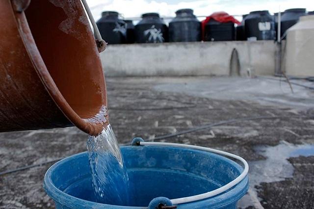 Baja suministro de agua por corte de electricidad en Villa Frontera