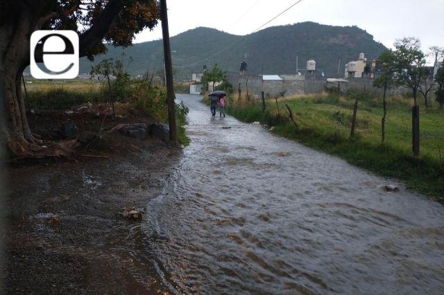 En Atlixco empresa Leonali inunda de aguas negras la colonia El León