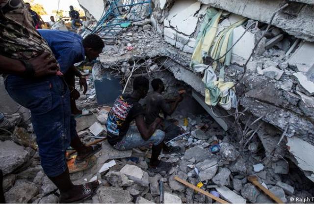 Mil 419 muertos tras terremoto de Haití