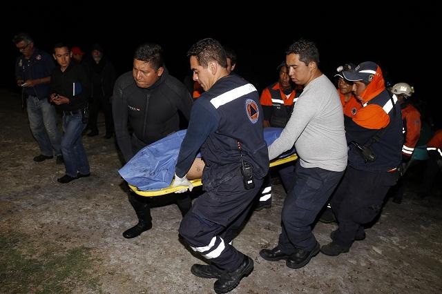 Mueren ahogados 2 jóvenes en estanque de Huixcolotla