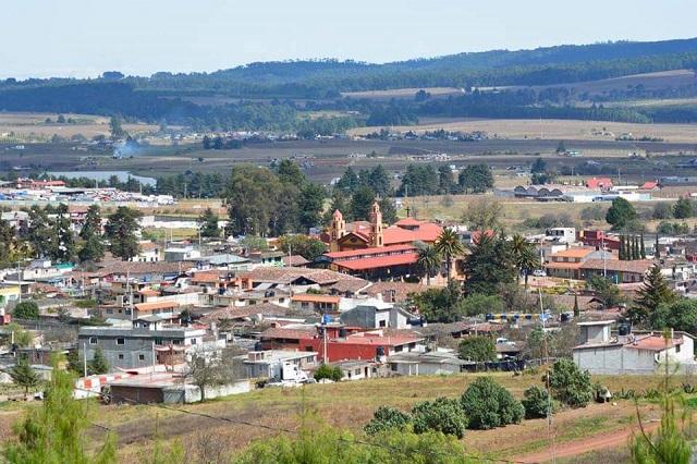 Denuncian deficiencias de servicio de agua potable en Ahuazotepec