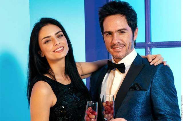 Aislinn Derbez y Mauricio Ochmann confirman que esperan un bebé