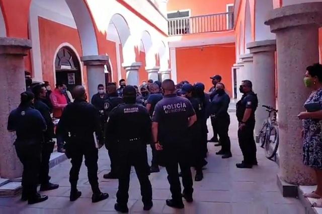 Dan de baja a siete policías de Ajalpan, comuna descarta represalias
