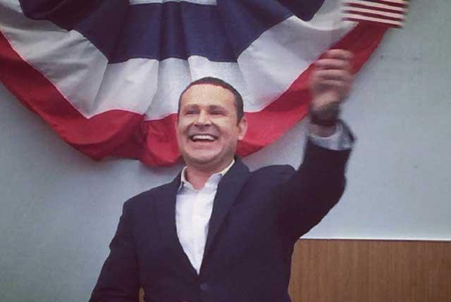 Alan Tacher se convierte en ciudadano de Estados Unidos