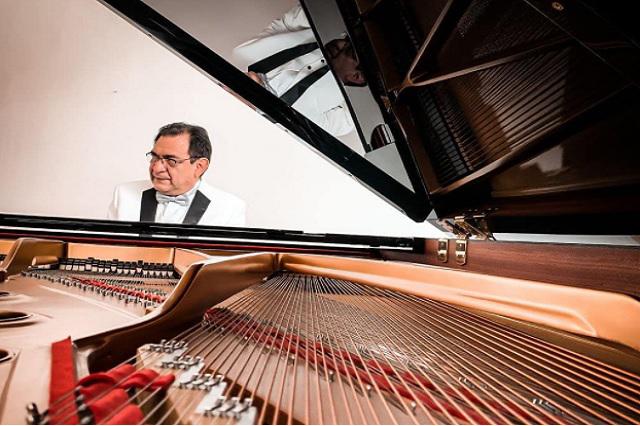 Luego de 15 años, destituyen a director de la Sinfónica de la BUAP