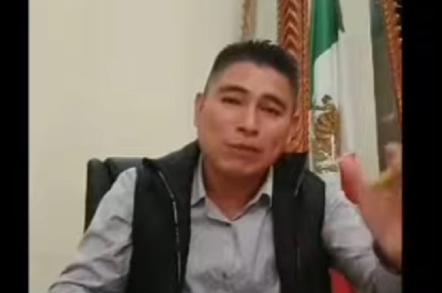 Video: Hacer el amor, recomienda alcalde para hacerle frente al covid-19