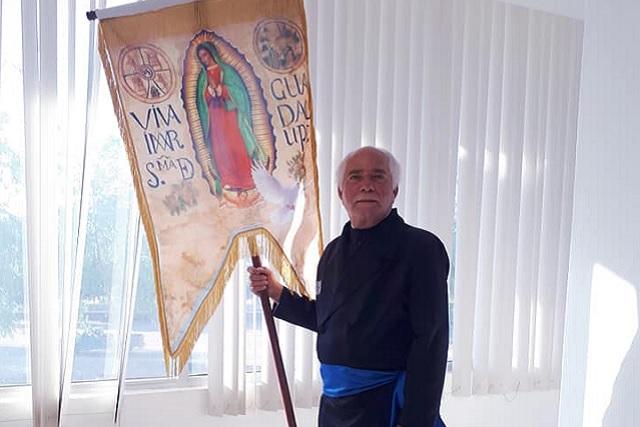 Edil de Angostura, Sinaloa, da El Grito y se disfraza de Miguel Hidalgo