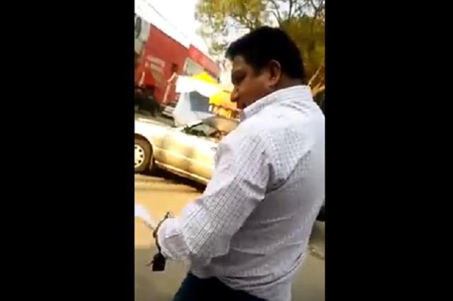 Video: panista huye para no aclarar agresión a su esposa en Puebla