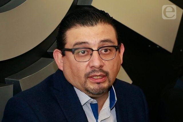 Exalcaldes se llevaron vehículos y documentos, acusa Alcántara