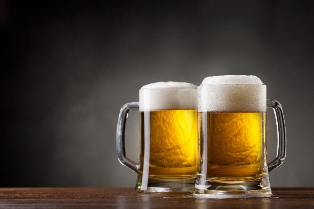 Estudio muestra que el alcohol en exceso acorta tu vida
