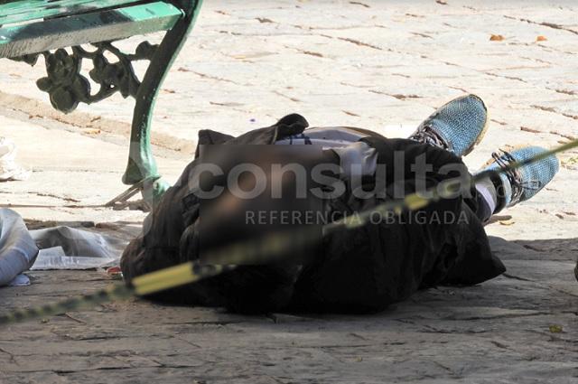 Alcohólico muere en el zócalo de San Jerónimo Caleras