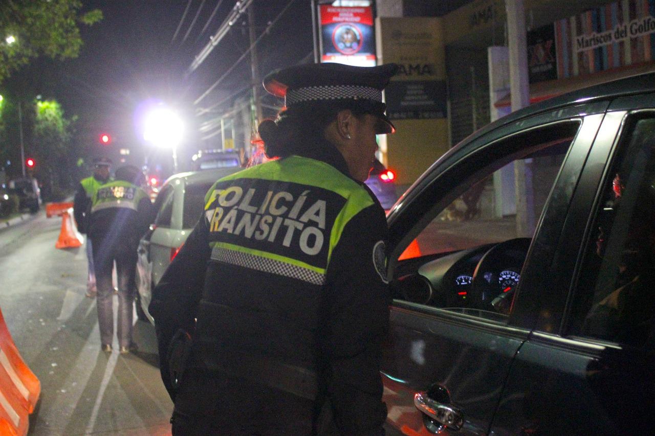 Detienen a 22 conductores ebrios en Puebla y aseguran sus autos