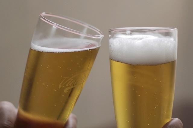 El alcoholismo se llevó a la tumba a dos hombres