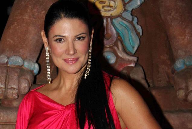 Alejandra Ávalos habla del catálogo de actrices Televisa y favores sexuales