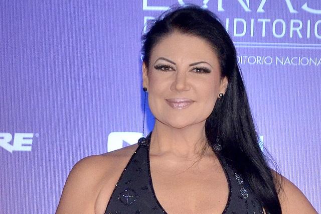 Alejandra Ávalos asegura que Belinda envío una doble a La Voz México