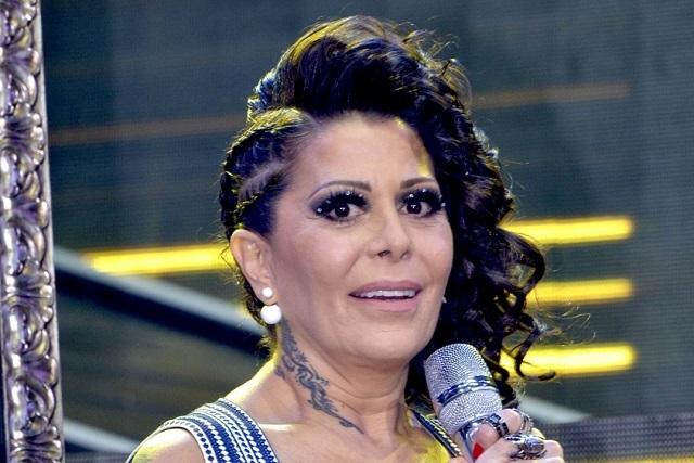 Alejandra Guzmán corre a mujer en pleno concierto